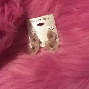 Versona light pink gold and silver flower earrings
